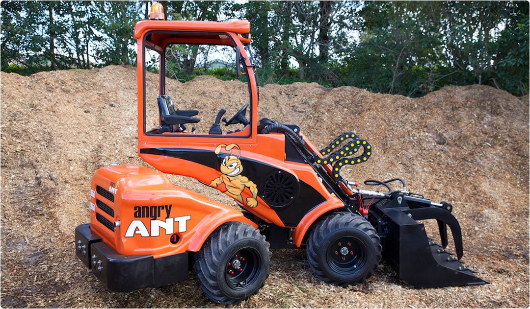 Angry Ant Mini Loader Test Drive by The Australian Arbor Age Magazine